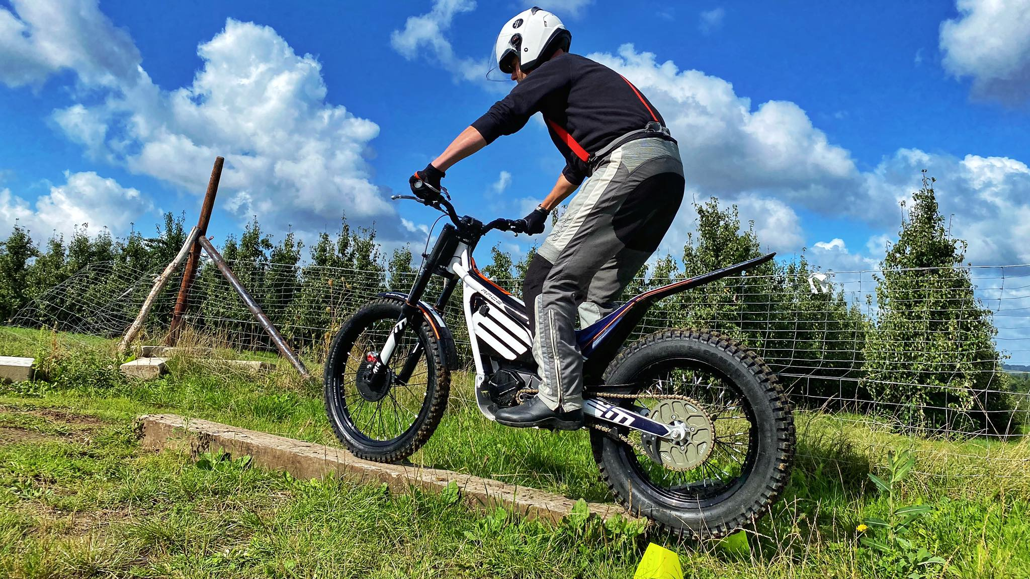 electric motion center.be trial training Endurofun8